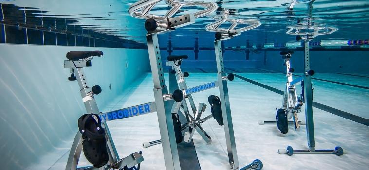 Le training aquatique : une activité piscine complète