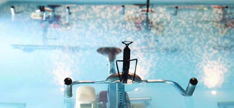 Le meilleur exercice d'aquabike pour muscler les fessiers