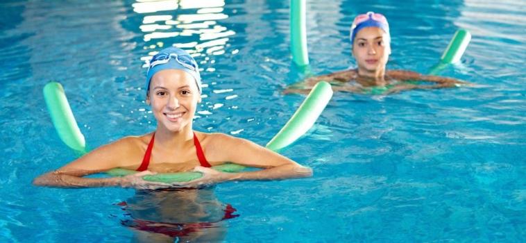 Les meilleurs exercices d'aquabike pour perdre des calories